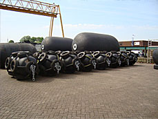 Also transport over water of these Pneumatic Floating Fenders by tugs is very simple. The Pneumatic Fenders can be extra protected by a netting of car or planes tires with chains. Also can be reinforced the body of The Pneumatic Fender by rubber integrated RIBS. These Pneumatic Fenders are therefore called RIB Fenders.